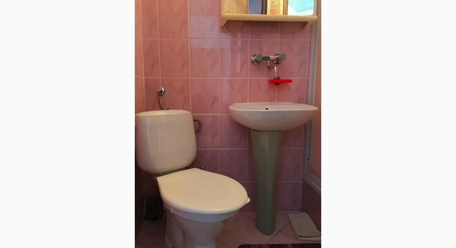 łazienka-pokoju-2-osobowego